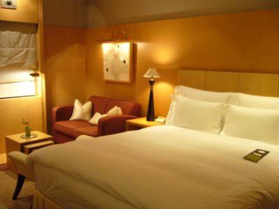 ラブホテルのフロント
