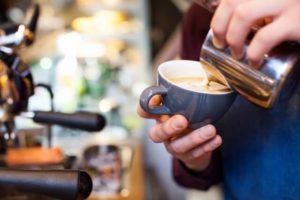 カフェ・ベローチェのバイト仕事内容と1日の流れを紹介!
