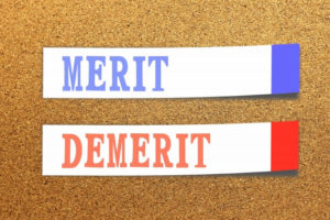 デニーズのバイト、メリット・デメリットは?